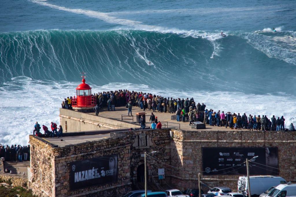 Nazaré Big Wave Surf Contest